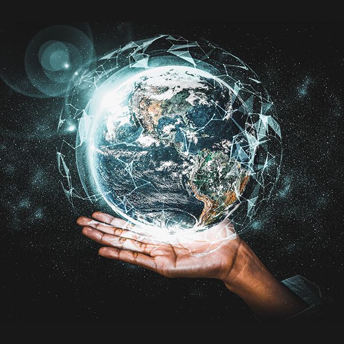 Holding Earth Bedding Set